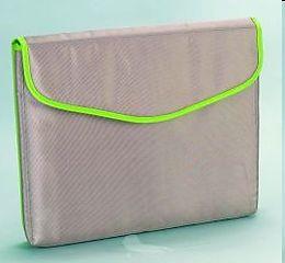 Universal-Notebook-Tasche, glänzendes Nylon, hellbraun/grün, PP Hängepackung